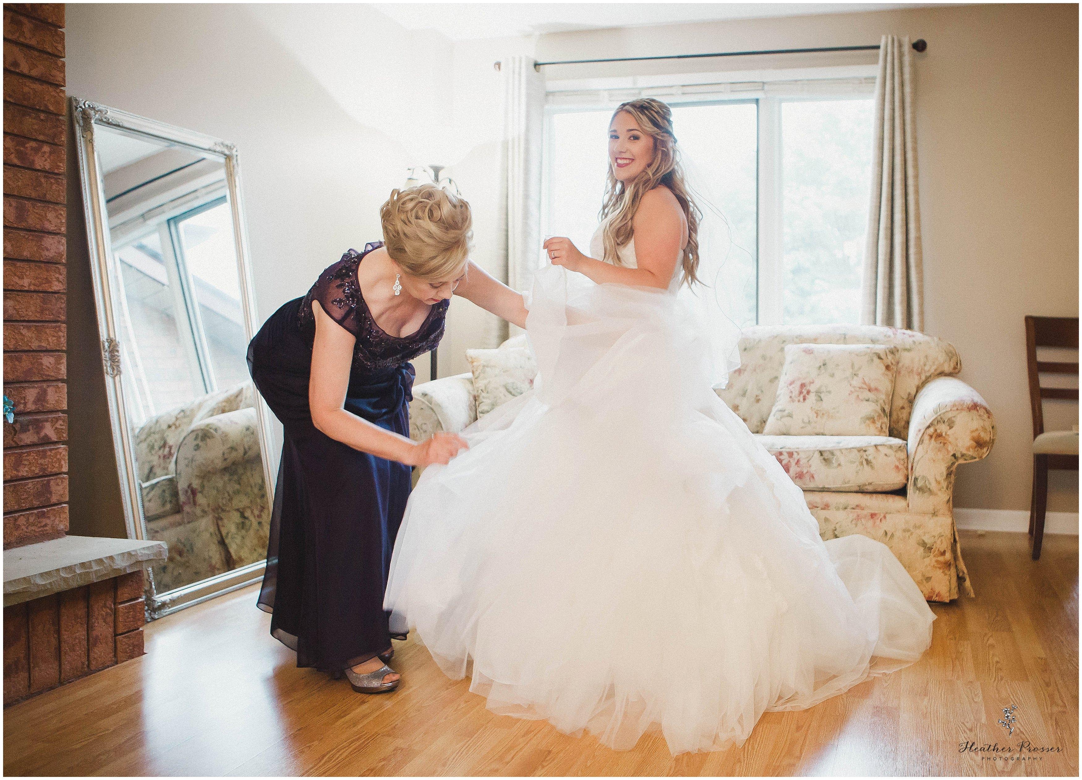 sara+kevinbloomfieldwedding_0006.jpg
