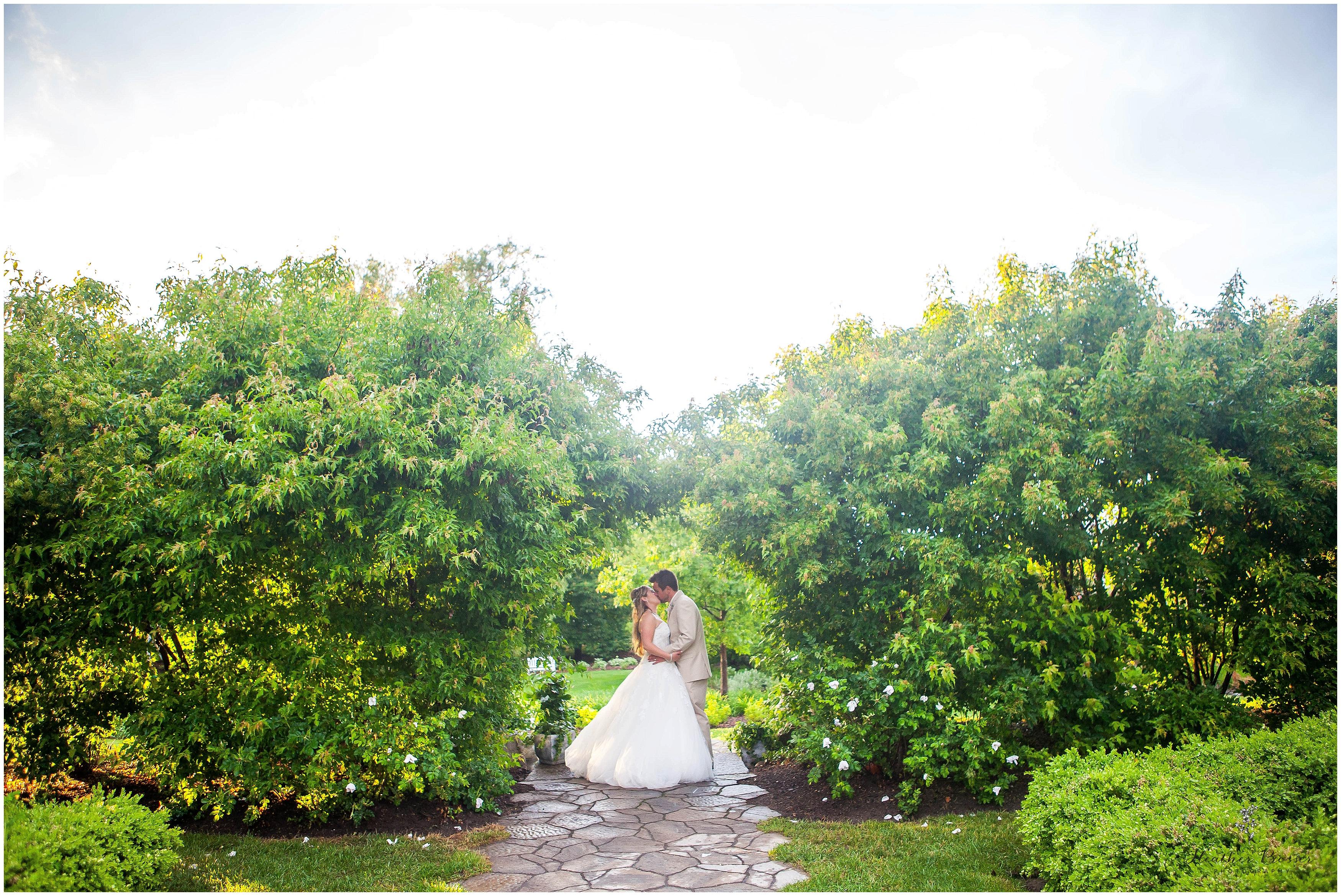 sara+kevinbloomfieldwedding_0056.jpg
