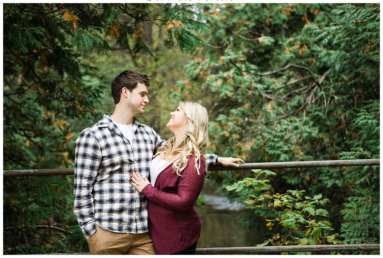 outdoor engagement session in Bowmanville Ontario_0017.jpg