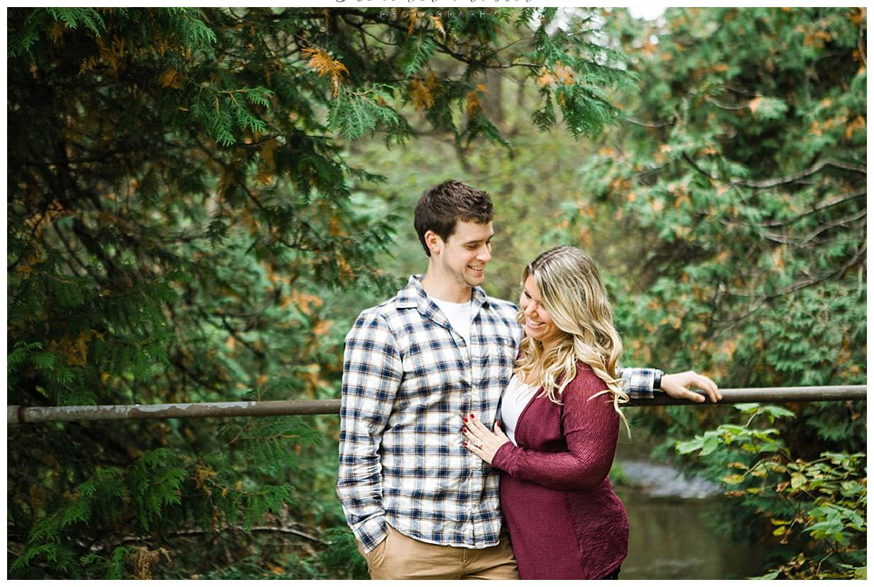 outdoor engagement session in Bowmanville Ontario_0018.jpg
