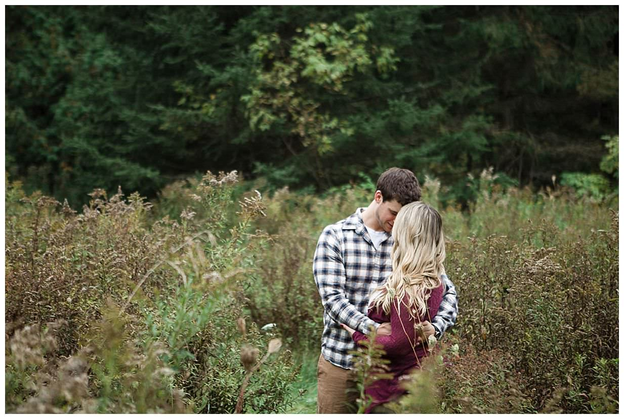 outdoor engagement session in Bowmanville Ontario_0028.jpg