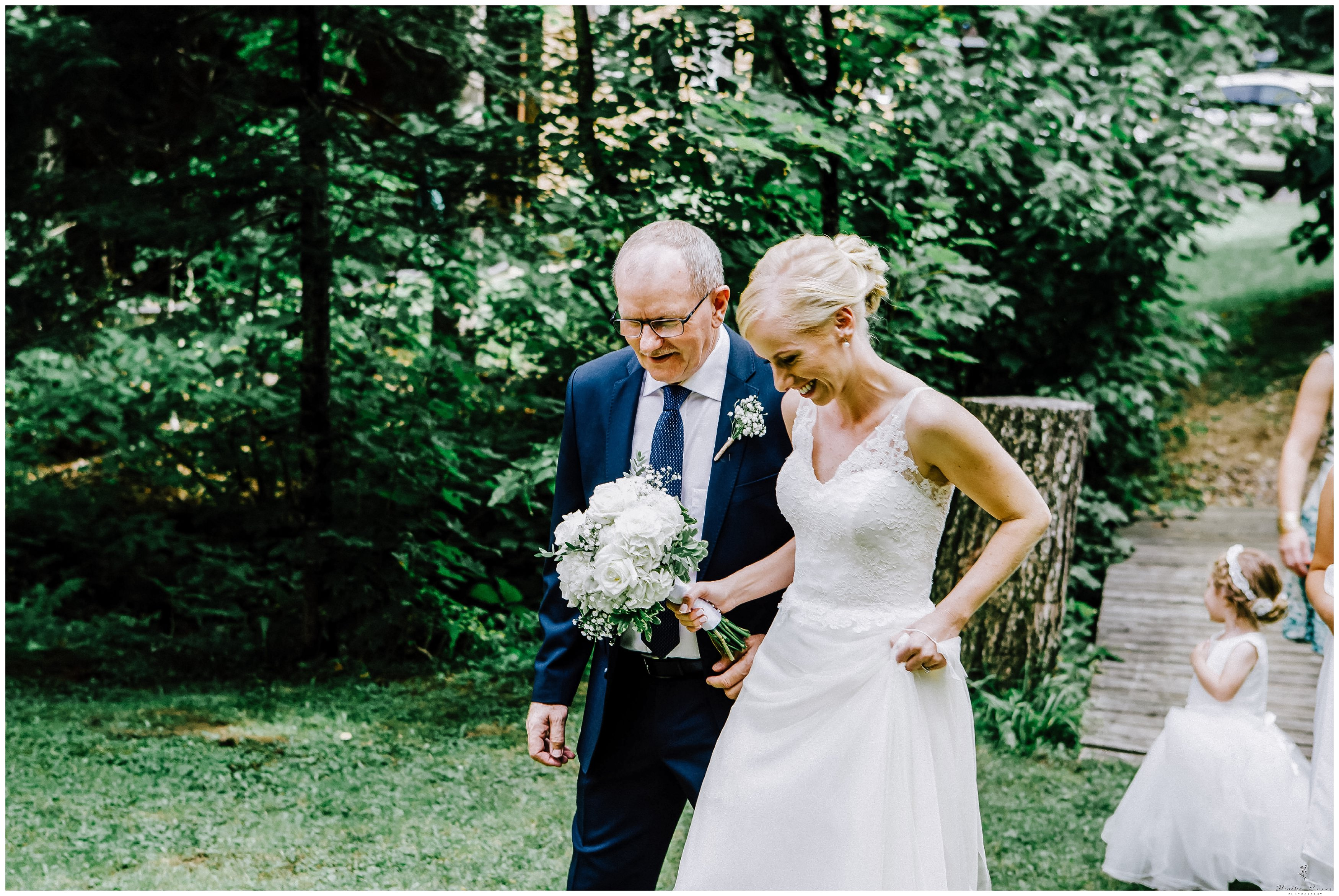 Haliburton Cottage Wedding_1258-1.jpg