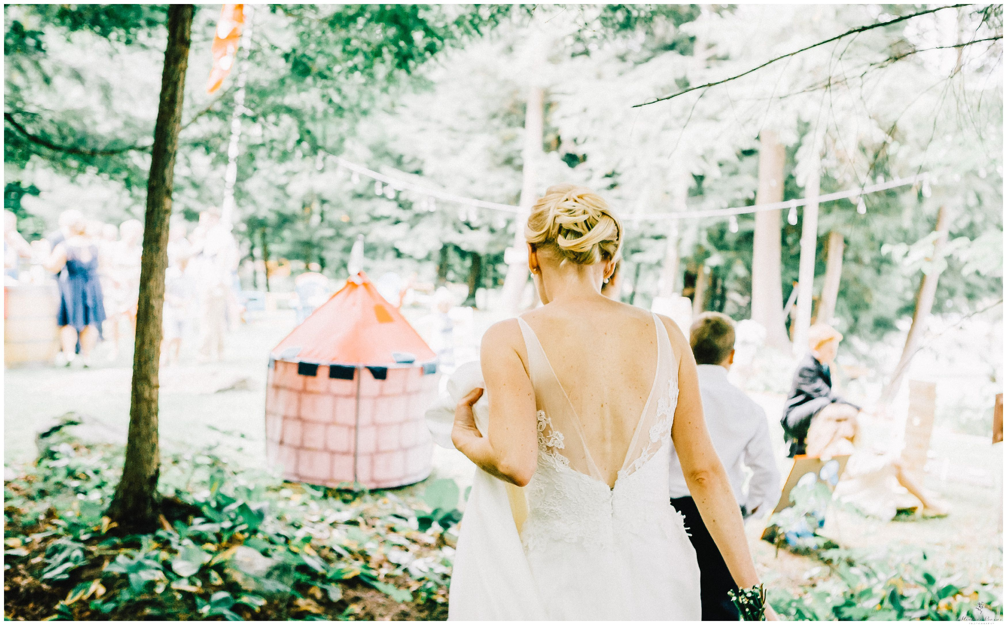 Haliburton Cottage Wedding_1312-1.jpg