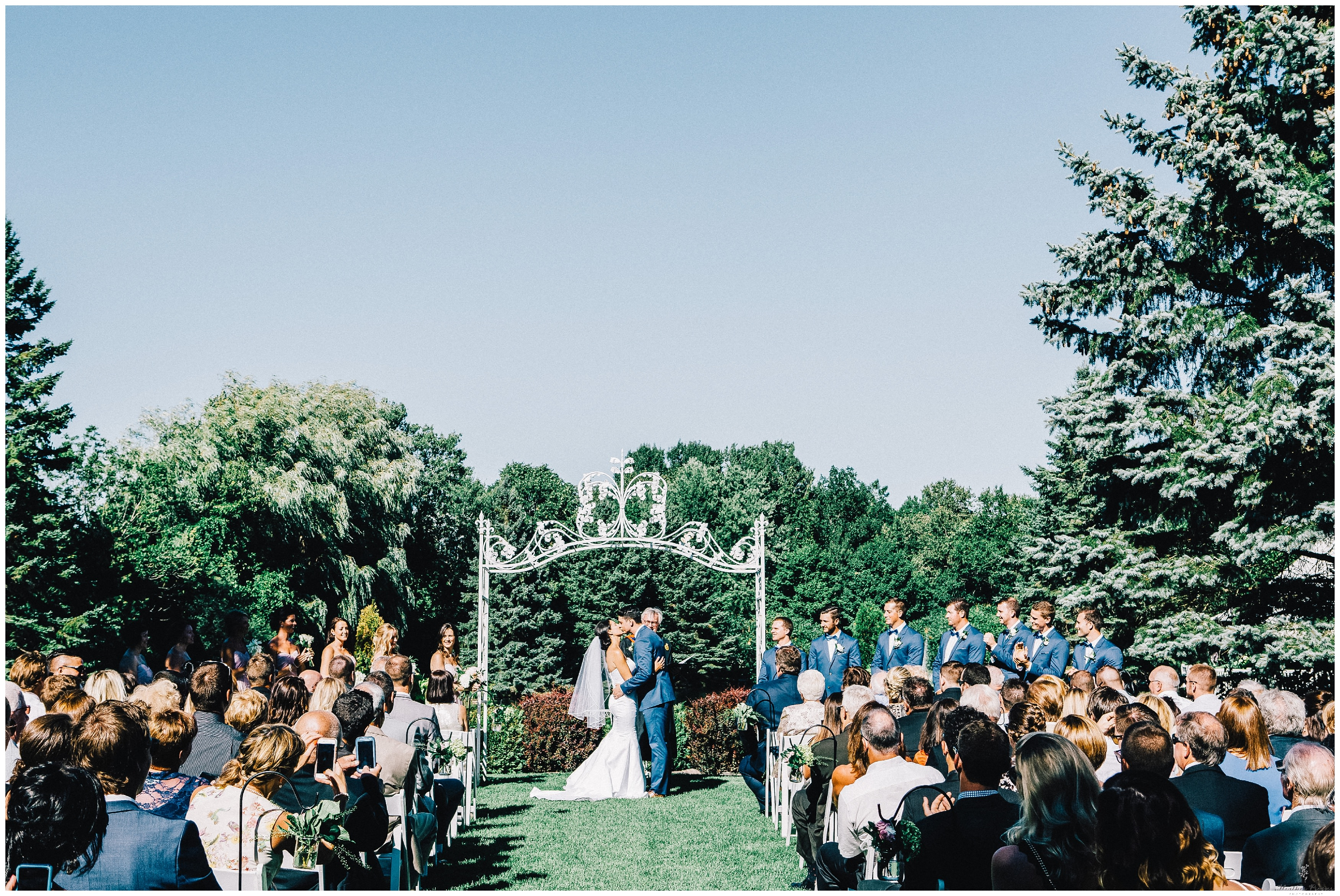 Nestleton Waters Inn Wedding_1878.jpg