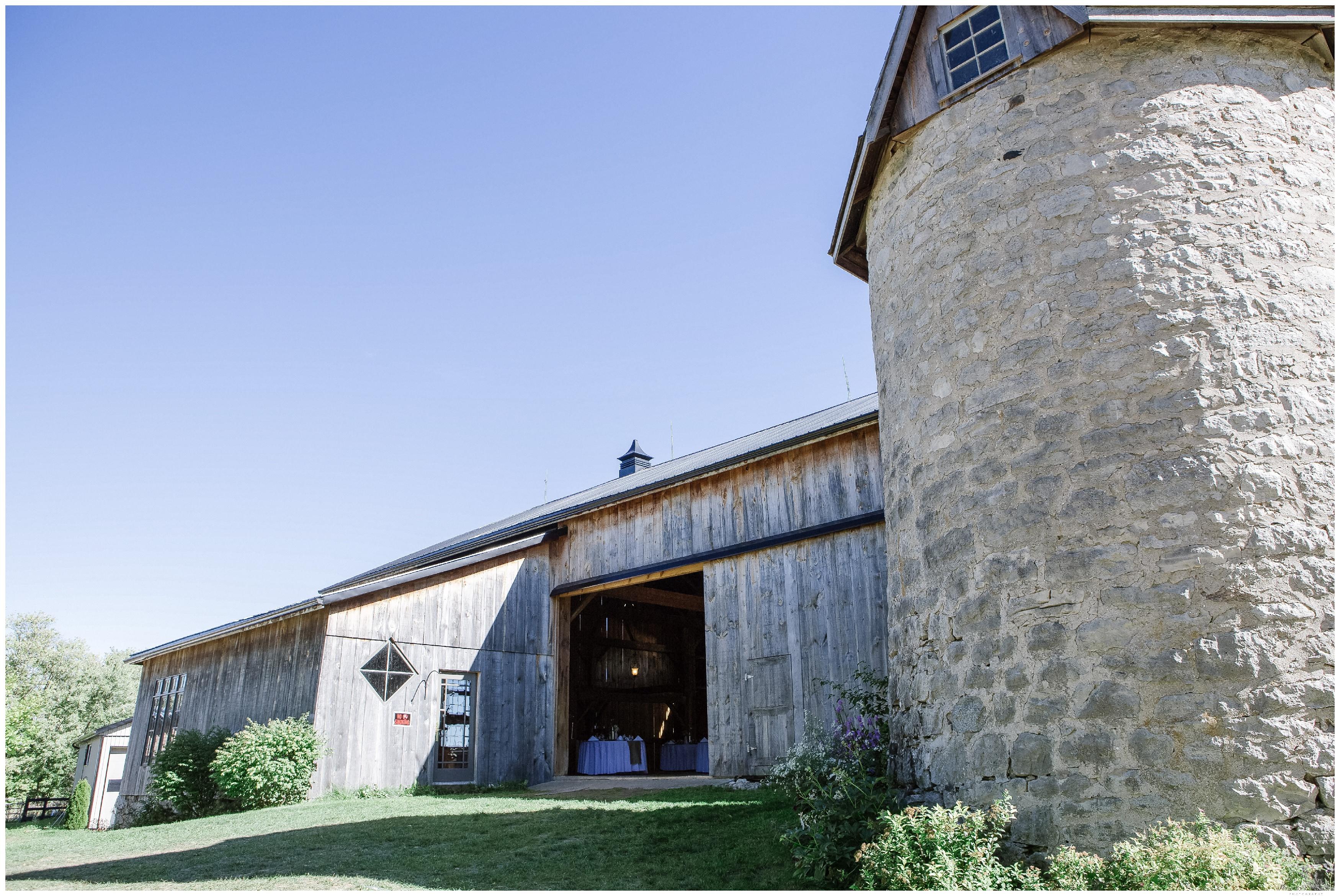 Ontario Barn Wedding_2142.jpg