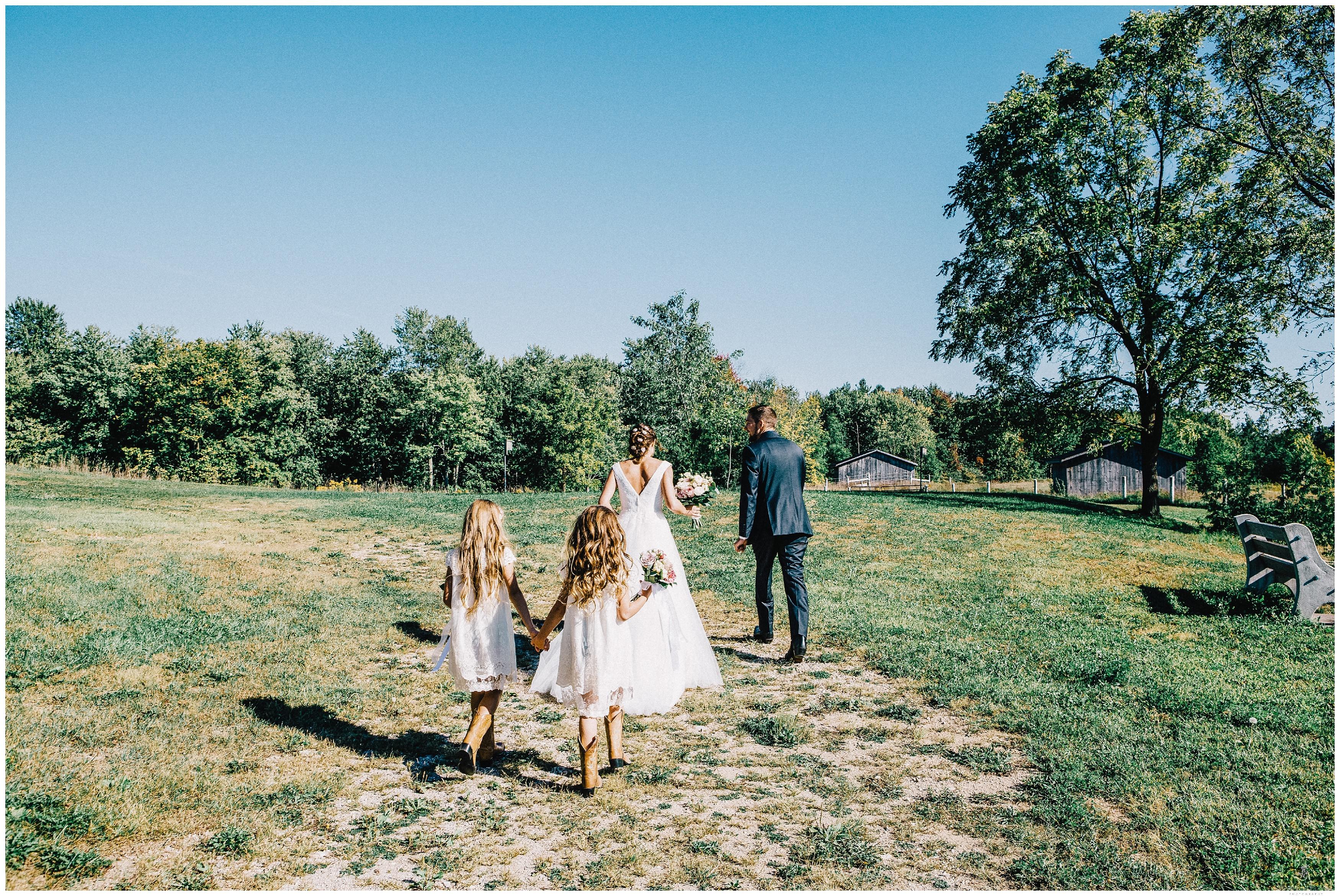 Ontario Barn Wedding_2170.jpg