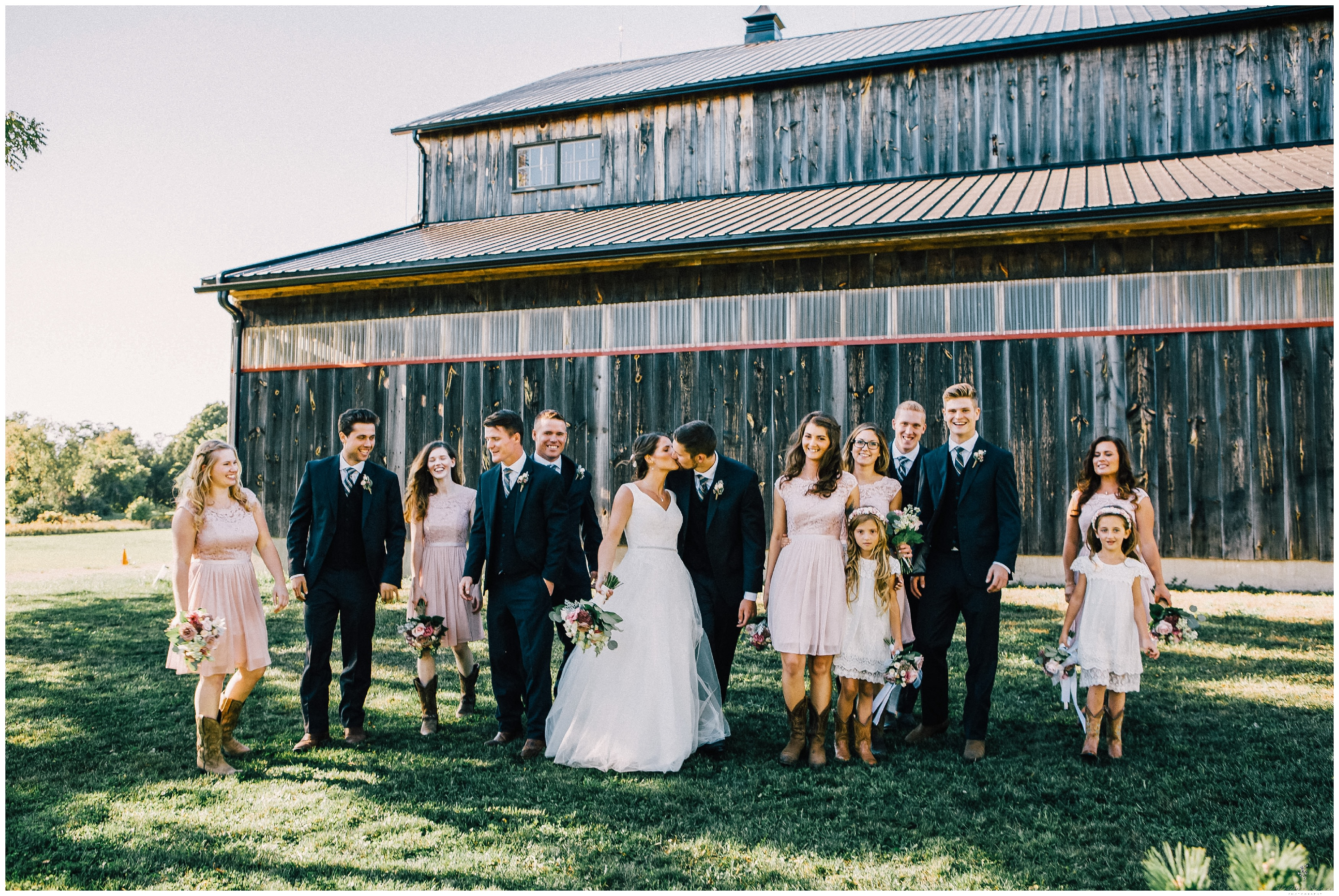 Ontario Barn Wedding_2191.jpg