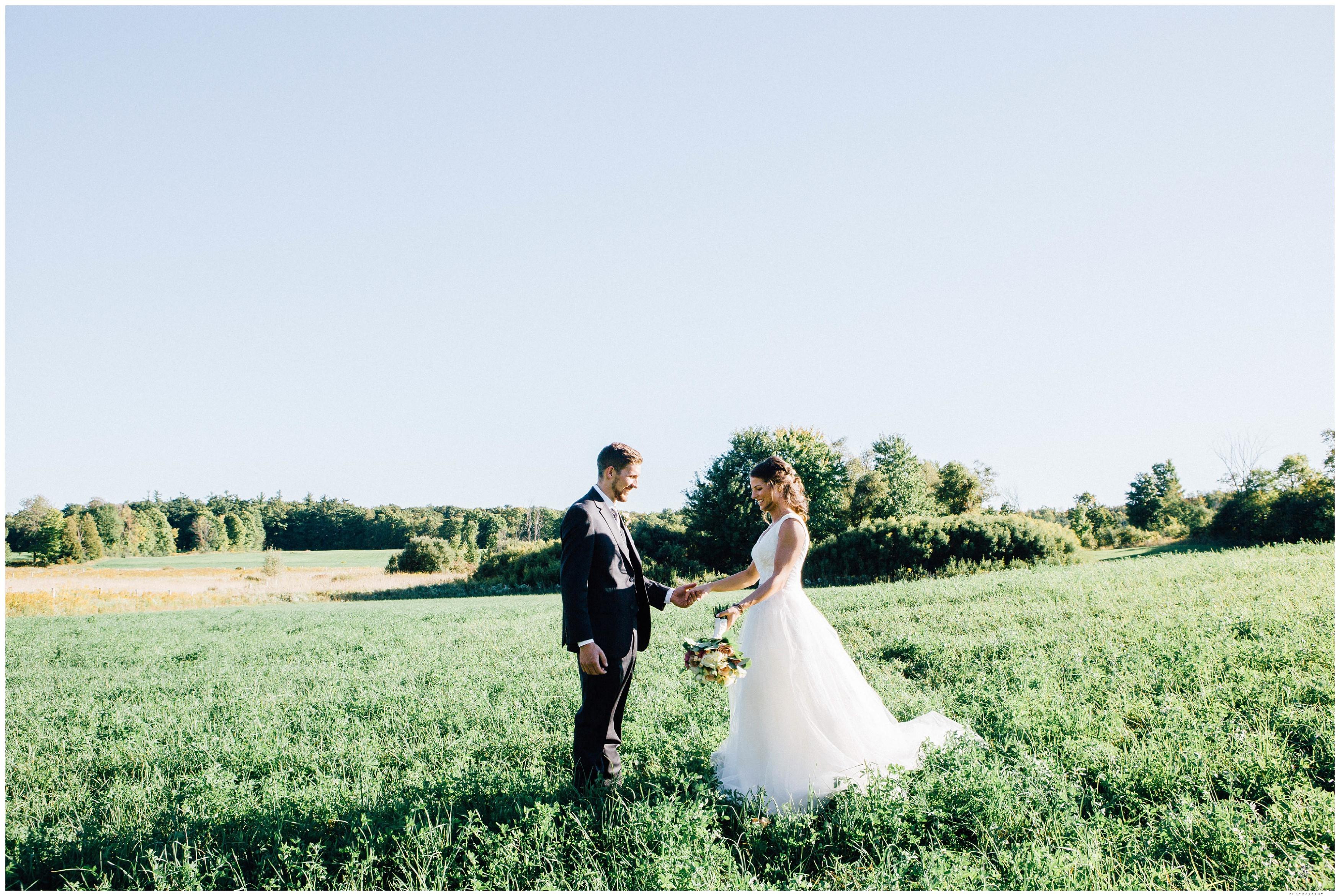 Ontario Barn Wedding_2206.jpg
