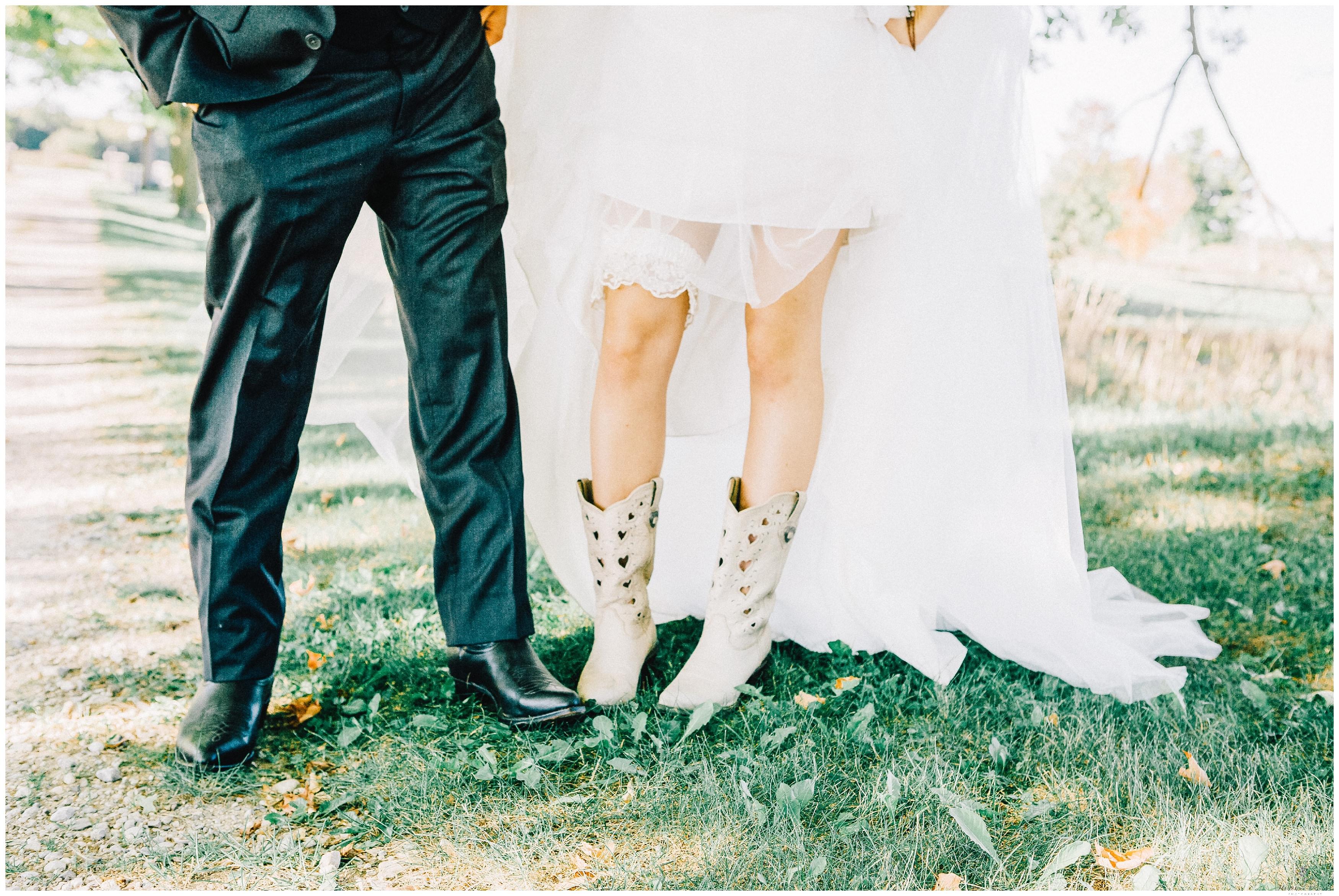 Ontario Barn Wedding_2227.jpg