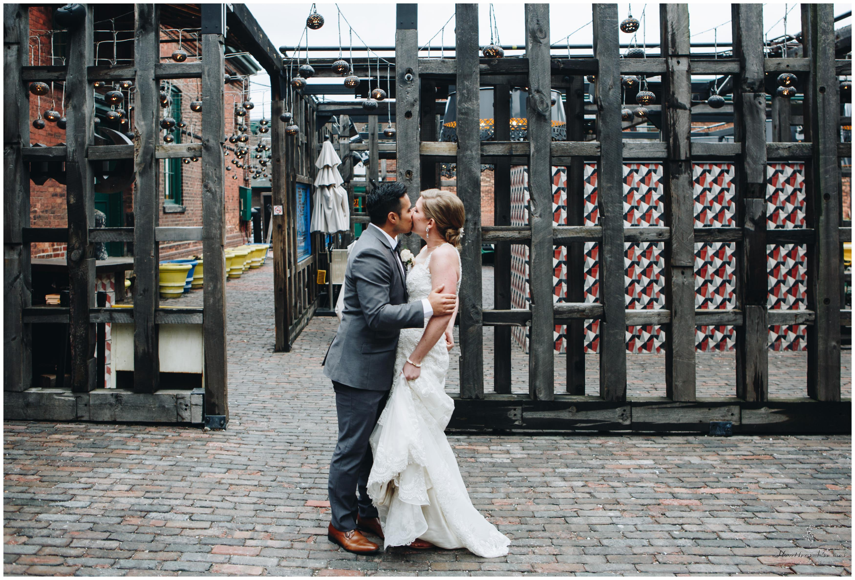 Toronto Distillery District Wedding_2579.jpg